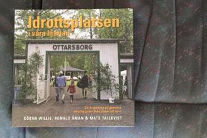 Närmare trehundra idrottsplatser från alla landskap är porträtterade i boken. Foto: Jonas Hedman