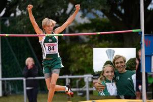 Calle klarade 2.01 i höjd på USM i Vellinge och blev en av våra yngsta 2 m-hoppare genom tiderna. Infällda bilden: Calle och kompisen Stina Gustavsson som också var framgångsrik på USM. Foto: Deca Text&Bild